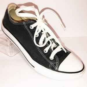 Converse Sz 3 Unisex Youth Black Chuck Taylor Shoe